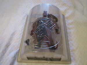 Mezco Hellboy With Ivan édition limitée Figurine Action Sdcc 2004 exclusive
