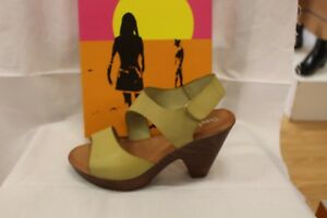 LADIES-SHOES-FOOTWEAR-Sundowner-Rukus-lime-high-sandal