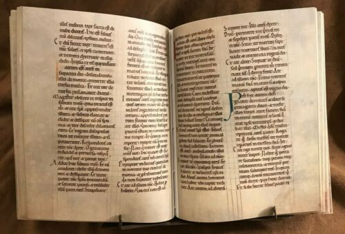 Facsimile ROCHESTER NEW TESTAMENT 1130 AD