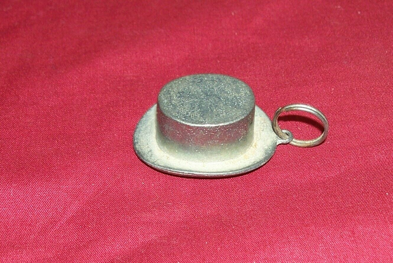 Rare 1935 CPG Monopoly Top Hat Game Piece Keyring Keychain Collectible Collector