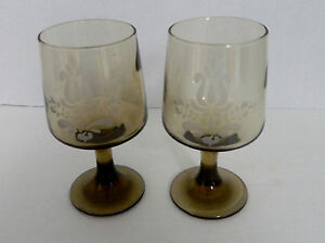 Pfaltzgraff-USA-Village-Brown-Etched-10-oz-Glassware-Goblet-Lot-of-Two