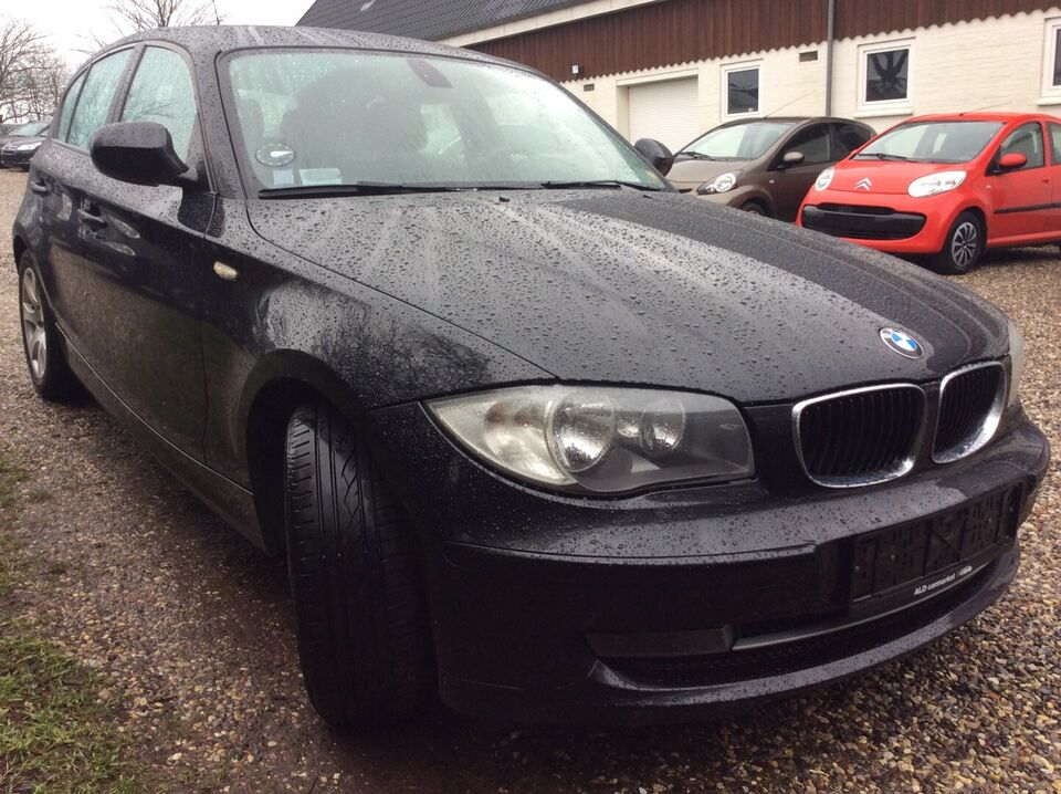 BMW 120d 2,0 Advantage Diesel modelår 2011 km 112000