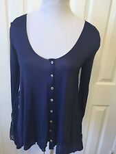 Charming junior girls top size M / L lace on the back