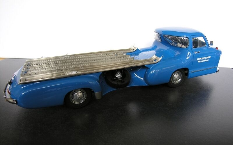 1955 Mercedes Benz Racing Car Transporter by CMC in 1 18 Scale CMC143 M-143