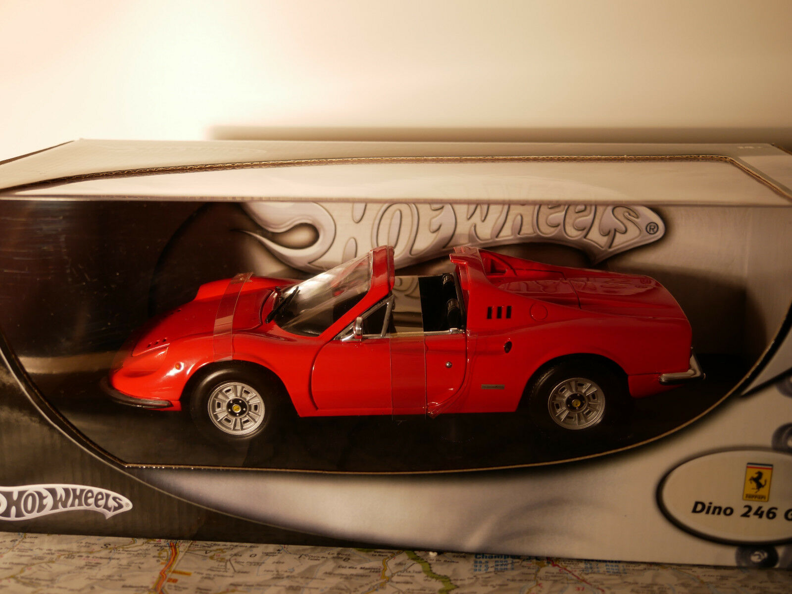 ホットホイールフェラーリディーノ246 GTS赤1 : 18新