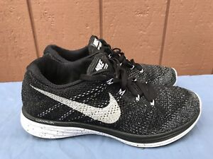 cheap for discount dbe66 a2a13 Details about EUC NIKE FLYKNIT LUNAR 3 RUNNING SHOE WMNS US 10 698182 001  BLACK WHITE OREO A5