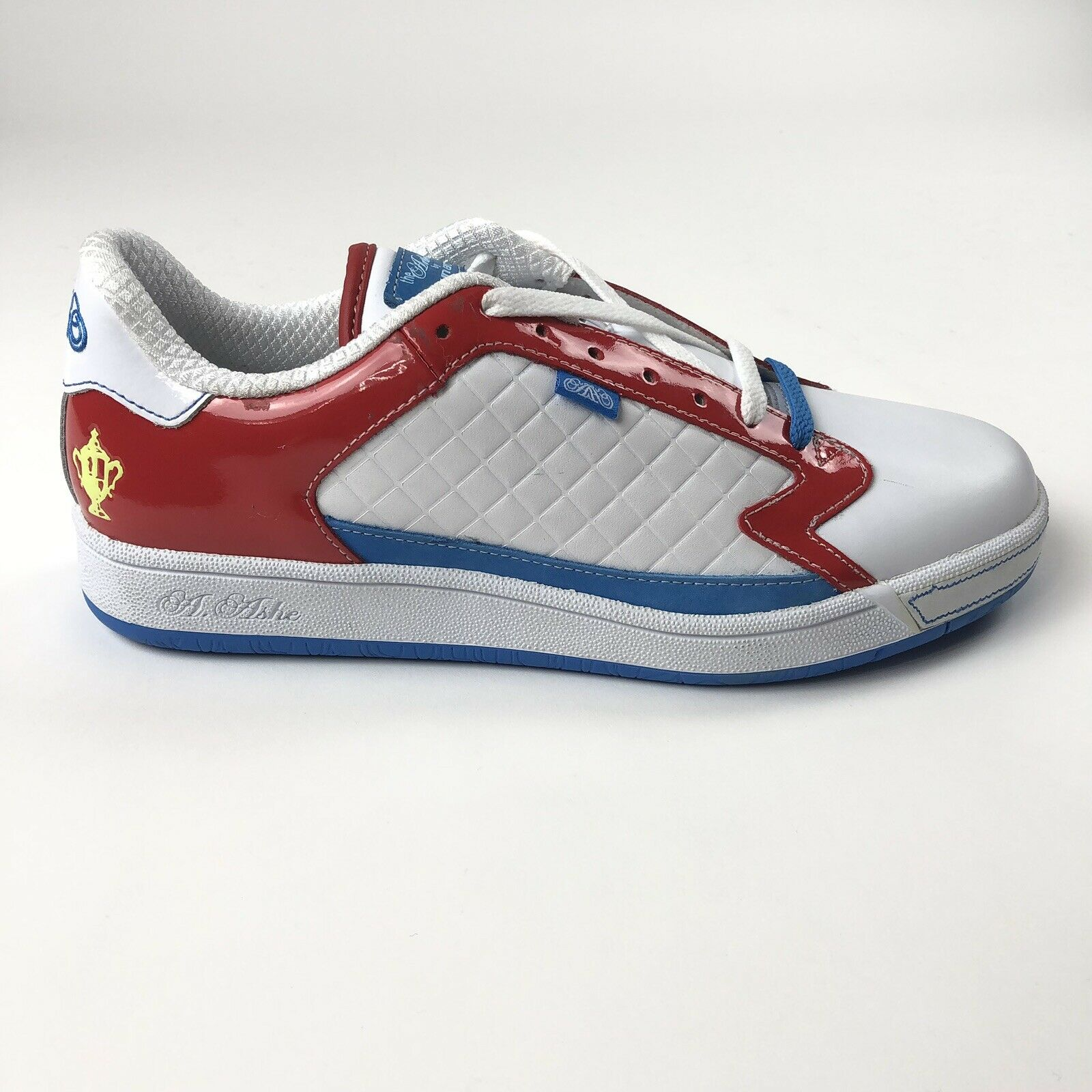 e92500971d51 Arthur Ashe 1 Run Athletic Vintage Mens 9.5 Trainers Tennis shoes White Red  bluee