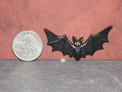 Dollhouse Miniature Halloween Vampire Bat 1:12 inch scale K23 Dollys Gallery
