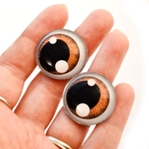 Pair of 20mm Brown Anime Human Art Doll Cabochons Jewelry Sculptures Glass Eyes