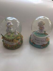 Lot-Of-Two-Enesco-Precious-Moments-Snow-globe-Music-Box-Vintage-1998