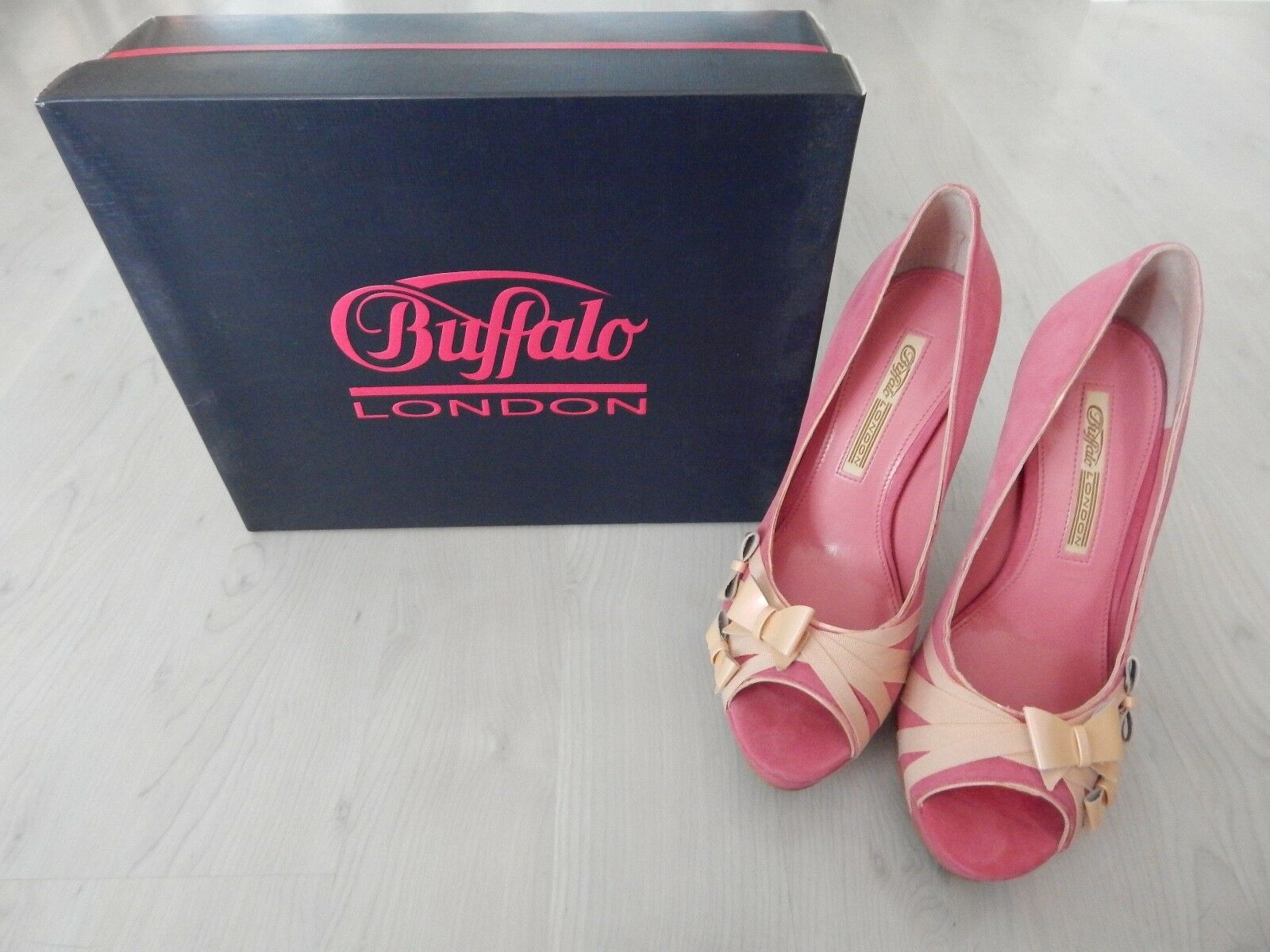 Buffalo High Heels in Gr.40 mit Plateau Plateau mit in Heels Rosa mit ... 0d0230