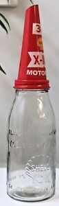 Old-Style-One-Quart-Glass-Shell-Co-of-Australia-Motor-Oil-Bottle-amp-Funnel