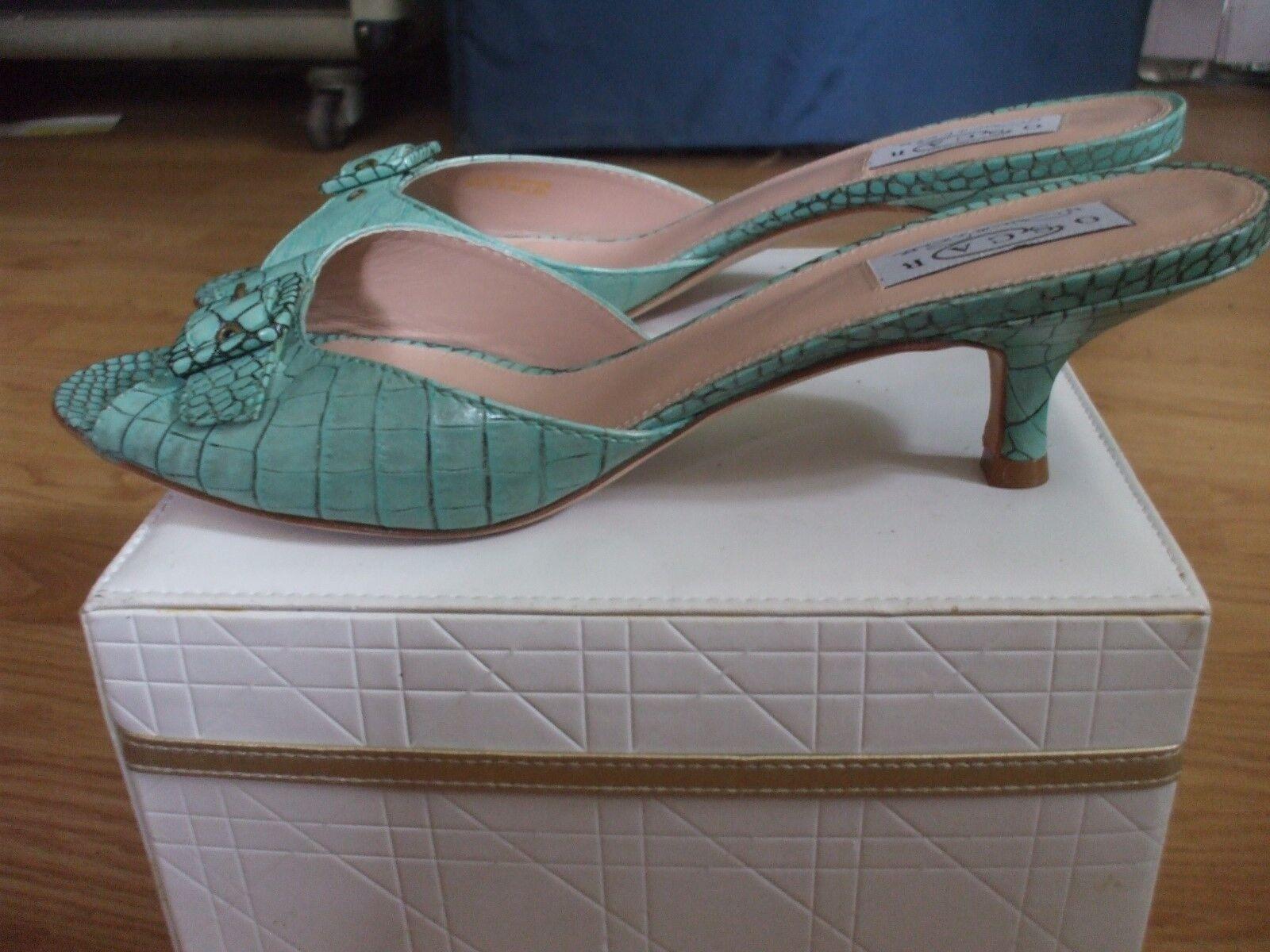 Oscar by Oscar De La Renta turquoise leather textured buckle kitten heel sandals