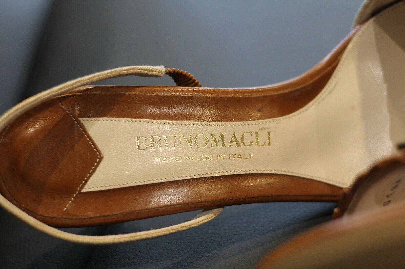 Bruno Bruno Bruno Magli Rare Tan & braun Leather Sandals Slingbacks schuhe Heels New Größe 7.5 56a847