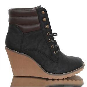 Damen Stiefel leicht gefüttert Stiefeletten Keilabsatz Boots