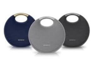 Harman-Kardon-Onyx-Studio-5-Wireless-Portable-Bluetooth-Speaker-amp-Mic-Black