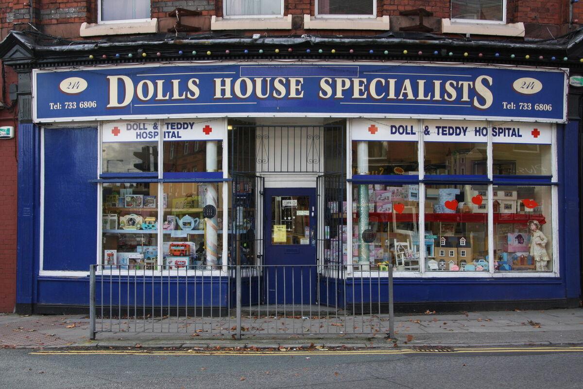 dollshousespecialist