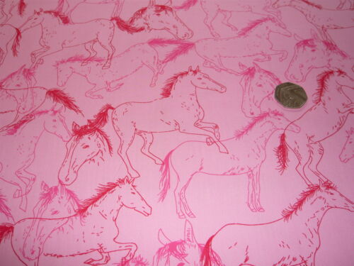 PRINTED COTTON HORSES-PINK//RED//CERISE-DRESS//CRAFT FABRIC FREE P+P