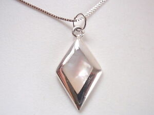 Small-Mother-of-Pearl-Diamond-Shaped-925-Sterling-Silver-Necklace
