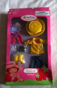 DéVoué Strawberry Shortcake Rainy Days Berry Wear Et Kit Accessoires 11 Pièces Par Bandai-afficher Le Titre D'origine La RéPutation D'Abord