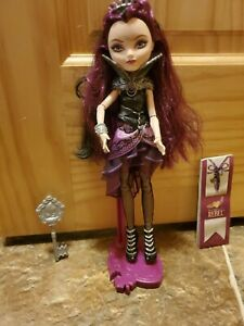 EVER AFTER HIGH 1ST CHAPTER ORIGINAL RAVEN QUEEN DOLL REPLACEMENT BLACK PURSE