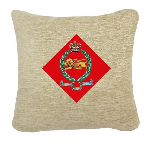 Kings Own Royal Border Regiment CAP BADGE sur un coussin chenille 2 Tailles
