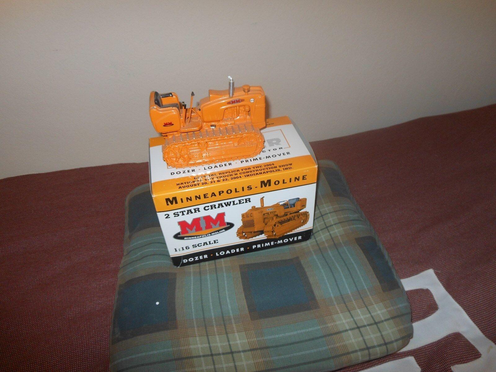 Minneapolis Moline 2 star crawler tractor  bianca, Oliver  1/16 Nuovo in box