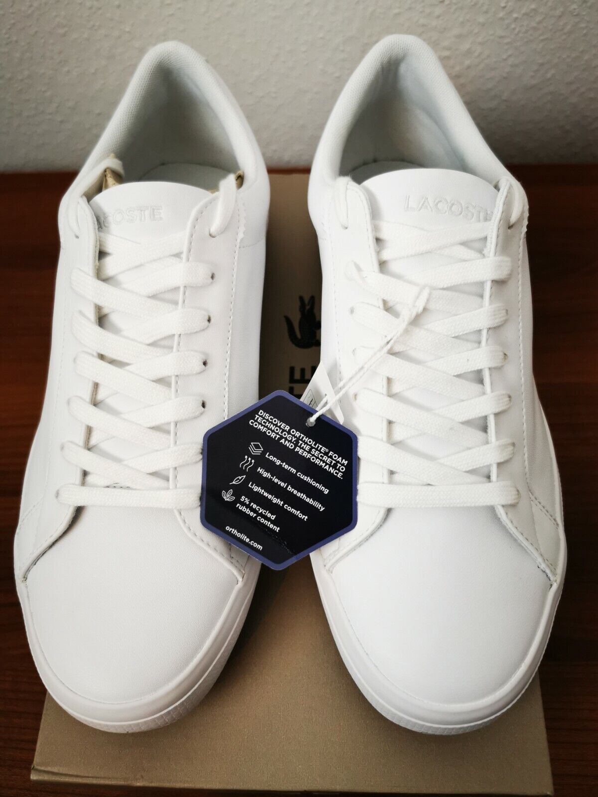 Lacoste Mens Lerond shoes in size 42,5 NEW & OVP