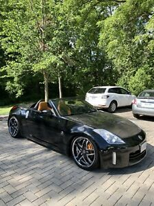 SUPERCHARGED Nissan 350z Roadster Manual LOW KM