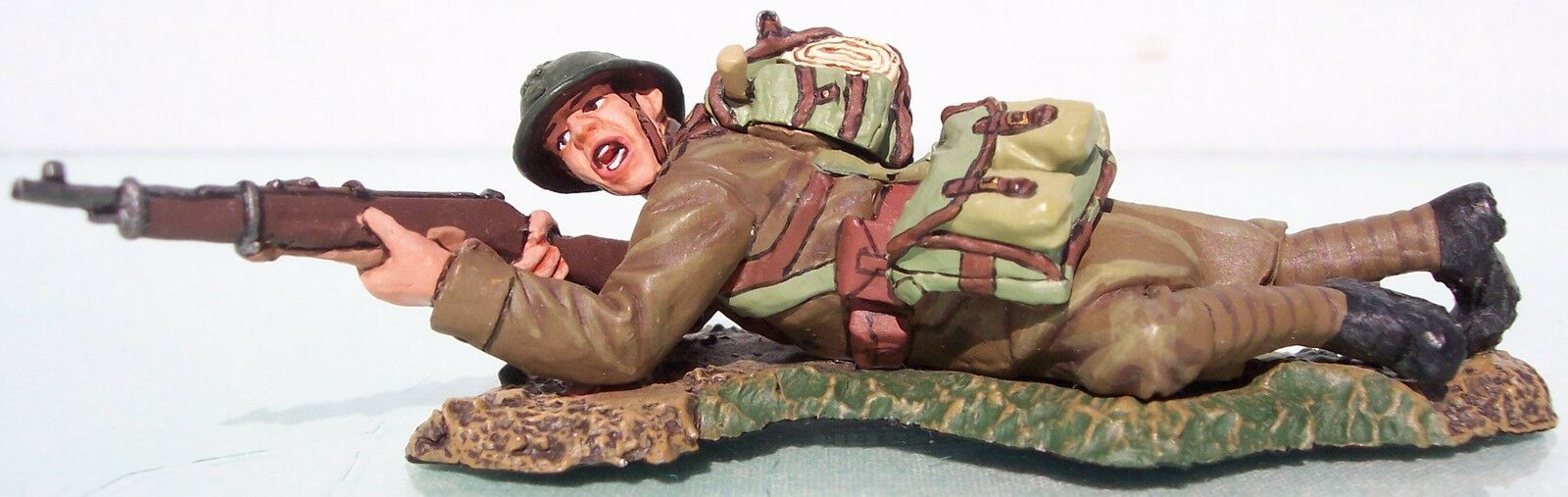 KING & COUNTRY FIELDS OF BATTLE FOB033 FRENCH LYING FIRING RIFLE MIB