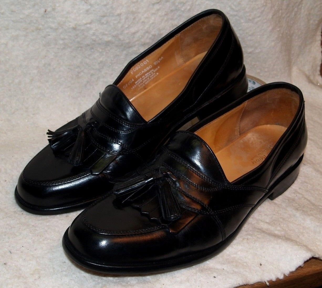 Charter Club Room Picasso Kiltie Tassel Loafer shoes Leather Soles Men`s 9 1 2 M