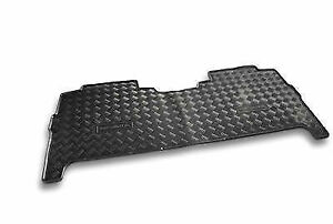 New-Genuine-Nissan-Navara-D40-Series-STX-Rear-Rubber-Floor-Mat-1-piece