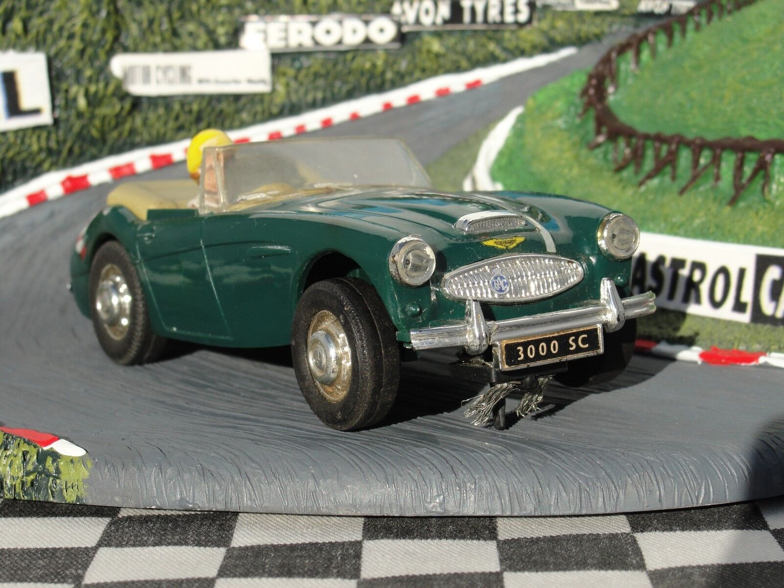 SCALEXTRIC 1960'S AUSTIN HEALEY 3000  GREEN  1 32 SLOT USED UNBOXED