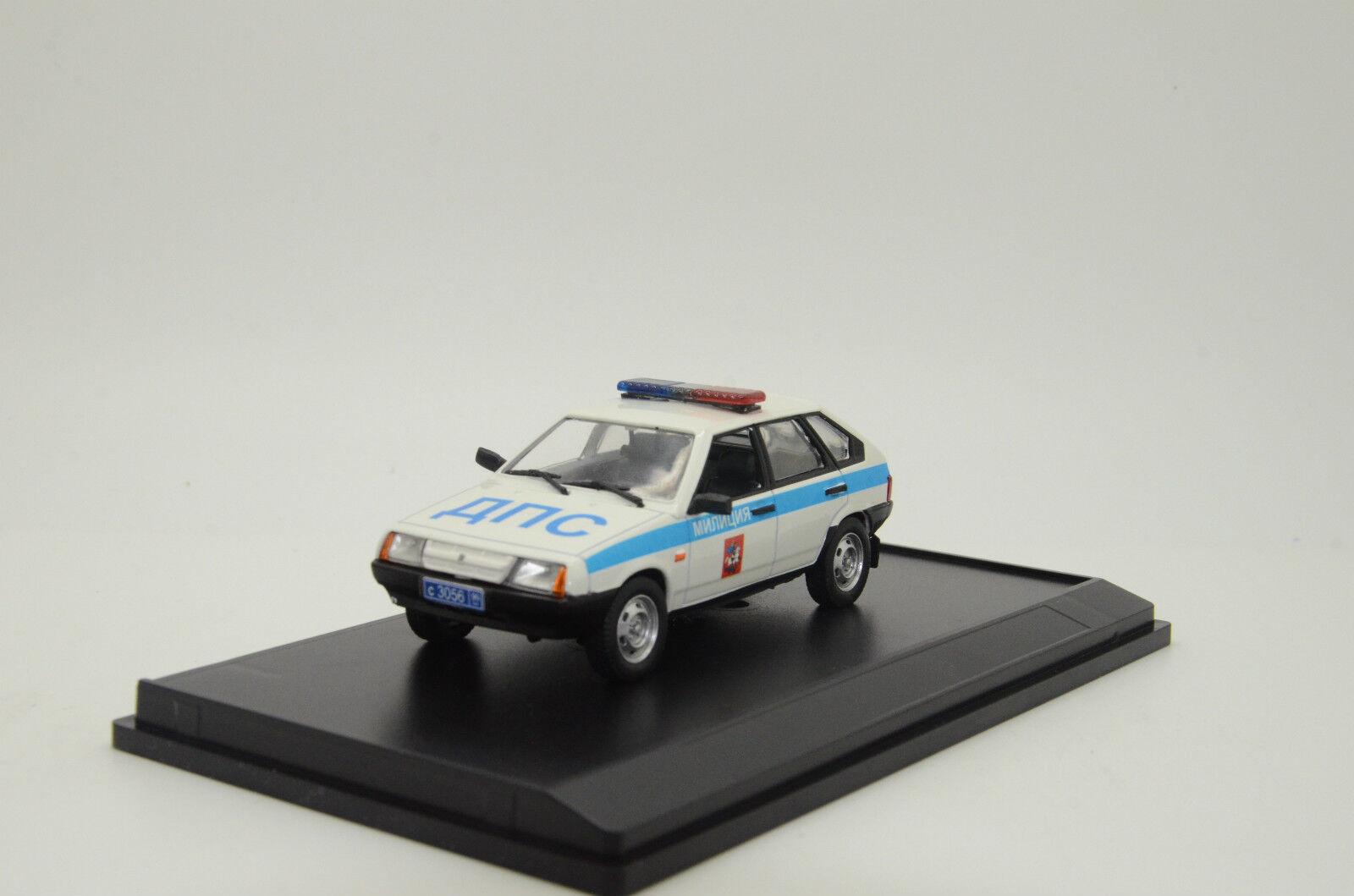 rara    LADA VAZ 2109 la policía rusa coche 1 43 personalizado hecho