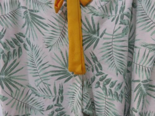 Ladies Soft Tropical Print Famous Make Cropped Pyjama Bottoms Sizes 8 to 22.