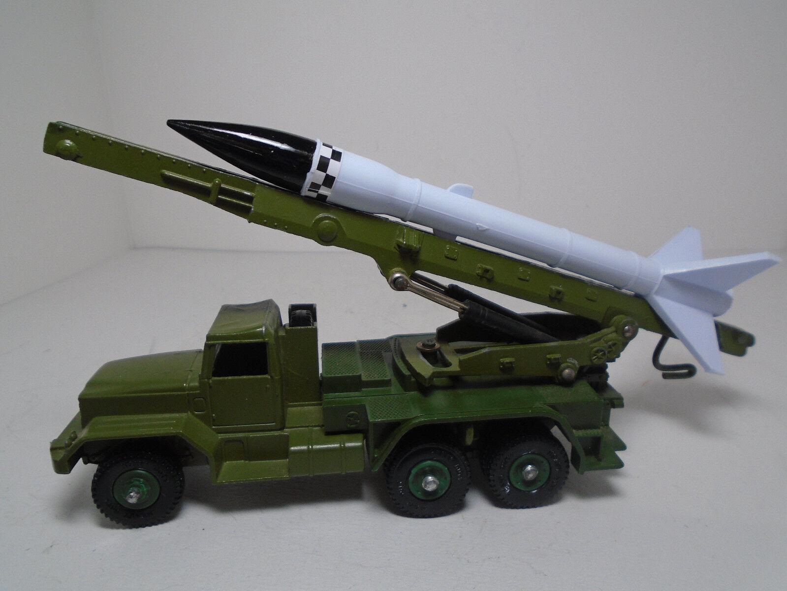 Lindo súper juguete 665, honesto lanzador de misiles John, muy cerca de la menta ¡Lindo súper juguete 665, honesto lanzador de misiles John, muy cerca de la menta