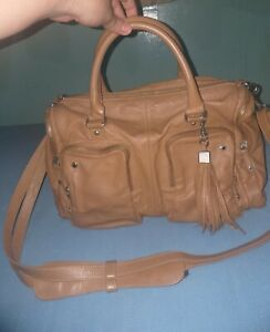 United-Colors-Of-Benetton-Authentic-genuine-Leather-Size-L-REALLY-NICE-w-serial