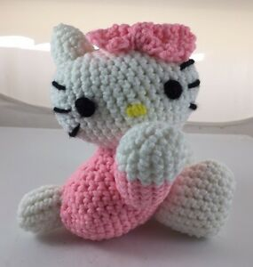 Amigurumi Amigurumi Hello Kitty Keychain Making – One Piece Full ... | 300x285