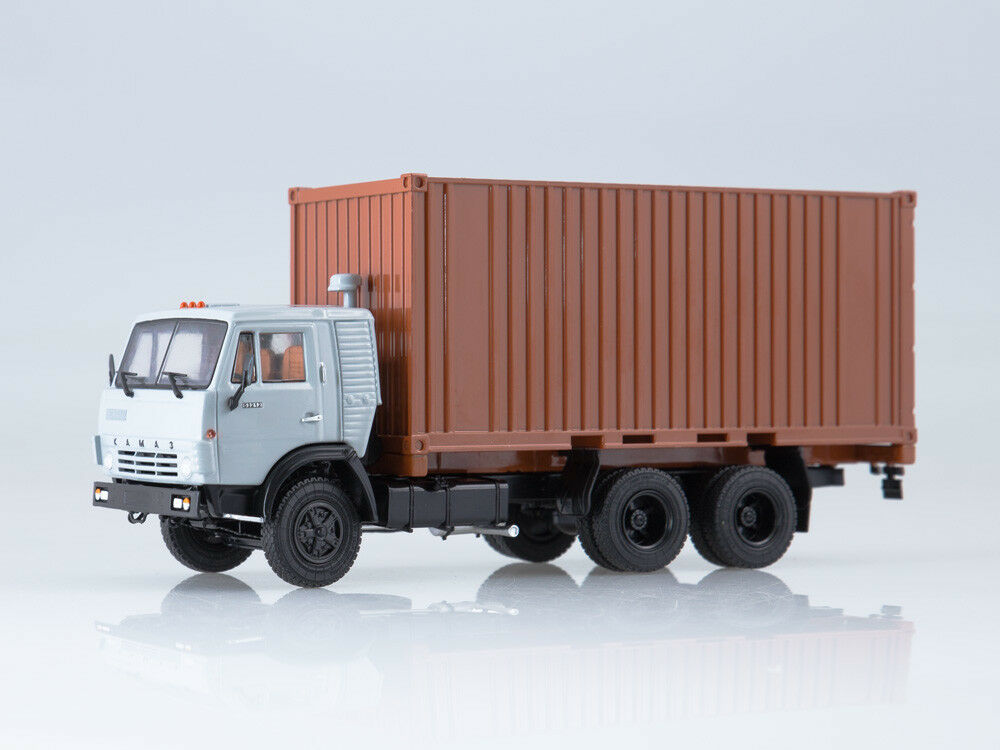 KAMAZ-53212 with 20-foot container, model cars 1 43