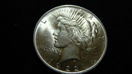 1922-P PEACE SILVER DOLLAR IN EXTRA FINE CONDITION C-19-15
