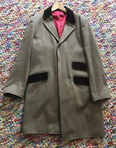 Hope-amp-Glory-Overcoat-with-velvet-trim