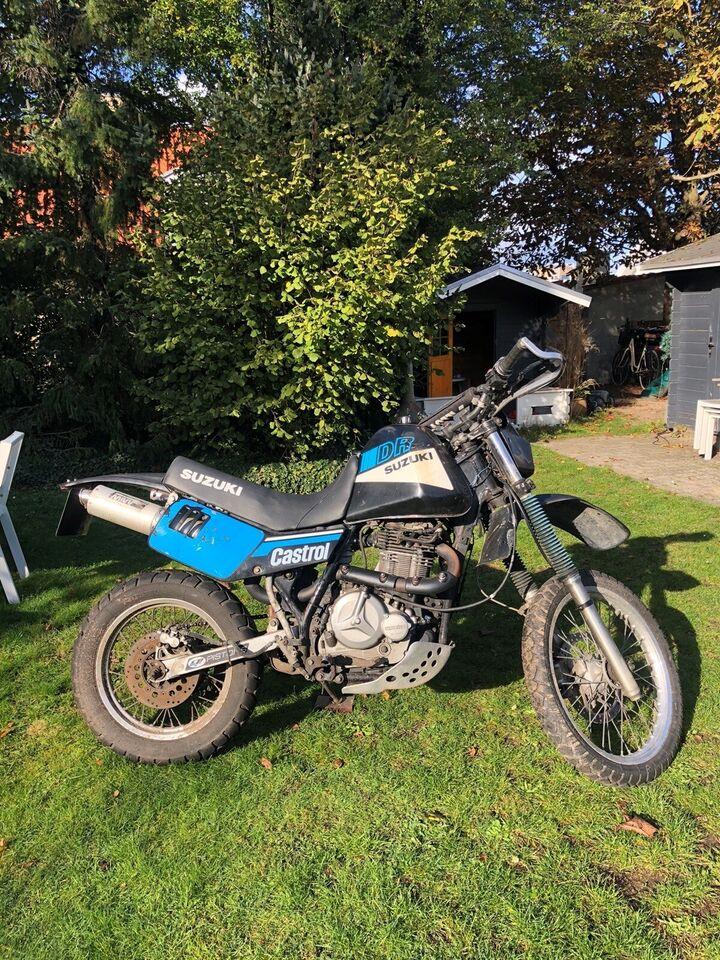 Suzuki, Dr 500, 800 ccm