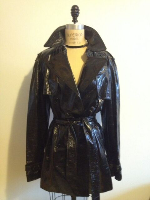 DOLCE & GABBANA BLACK PATENT LEATHER TRENCH COAT 12 / 46