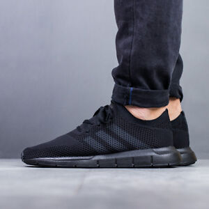 adidas originals swift run primeknit trainers in black cq2893