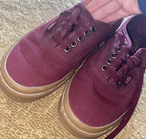 VANS Chukka Low Port Royale & Gum shoes Lace Up Men's Size 6.5, womans 8.0