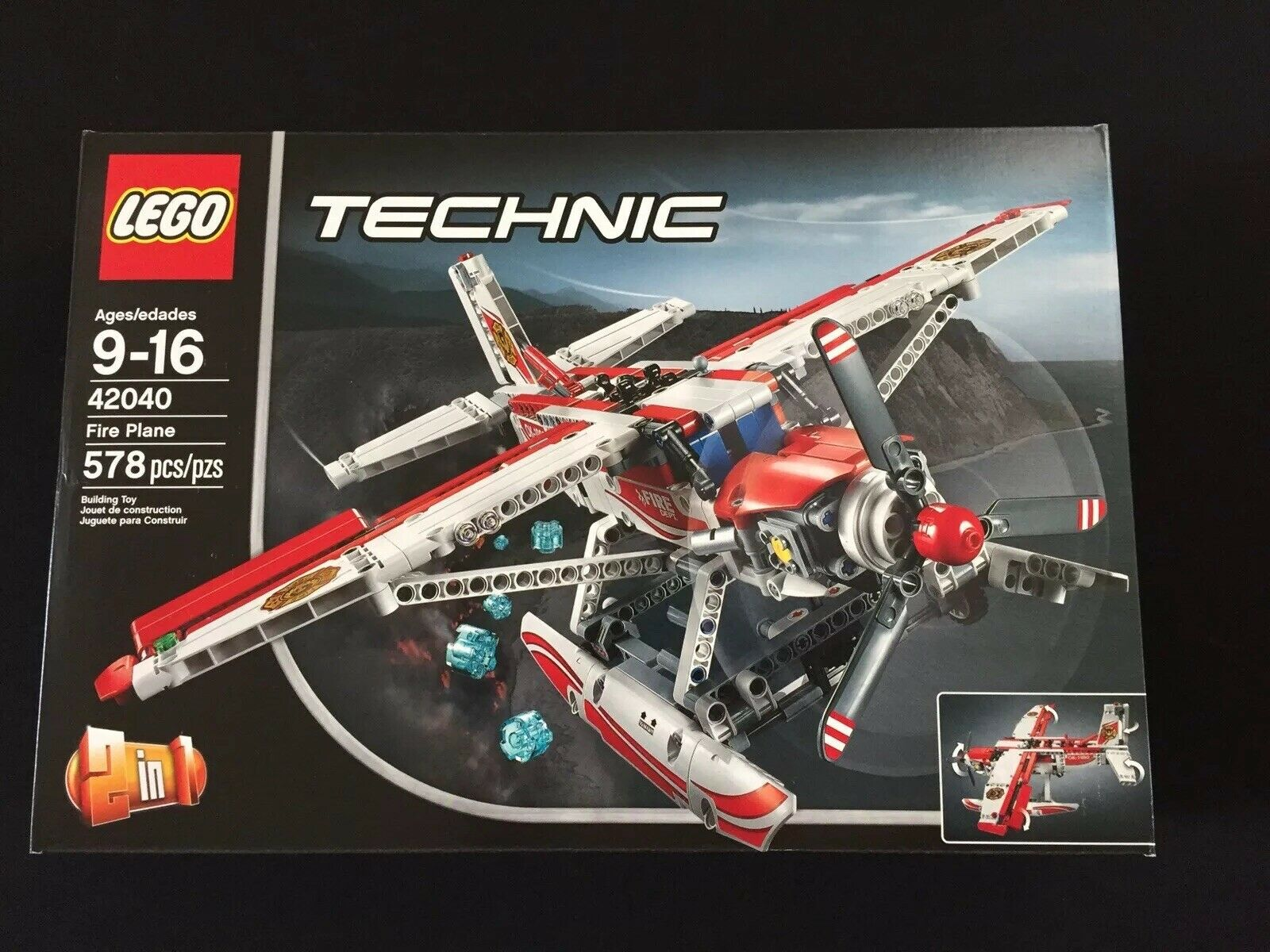 Lego TECHNIC Fire Plane 42040 NEW