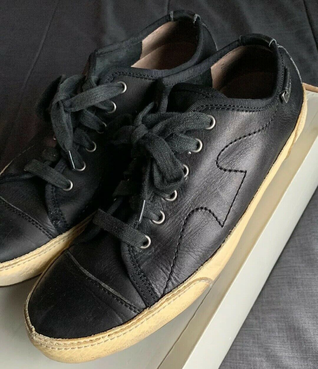Frye Cooper Low Lace Leather 81113 Black F0001 J08 shoes Sneakers Size 11 M