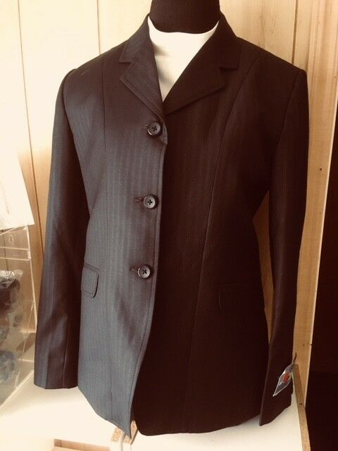 OVATION Competition Hunt COAT Ladies 12R Navy Pinstripe Beautiful NEW