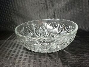 Vintage Clear Pressed Glass Starburst Pattern Scalloped Edge 8 Inch Serving Bowl