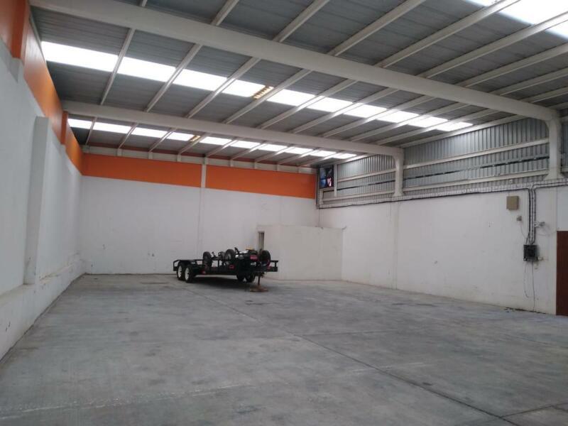 Bodega Industrial - Unidad habitacional Las Moras